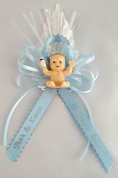 Nude Baby on Satin Bow with Leaf Capia